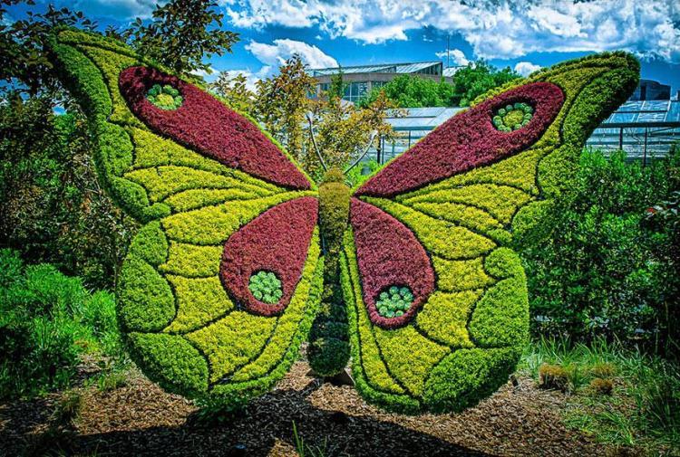 13 garden sculpture