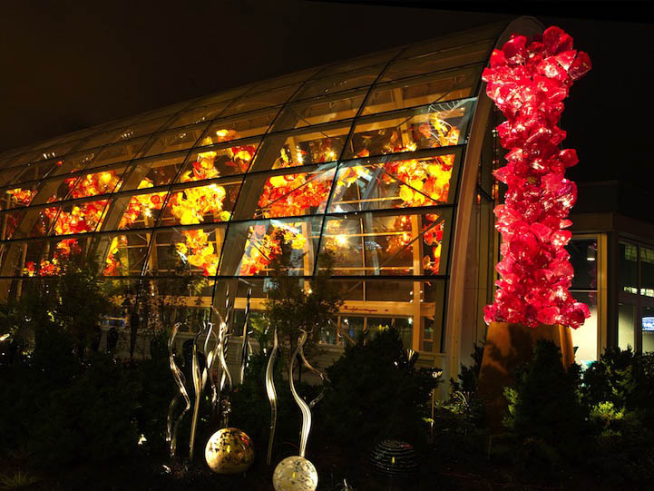 beautiful architecture installation chihuly