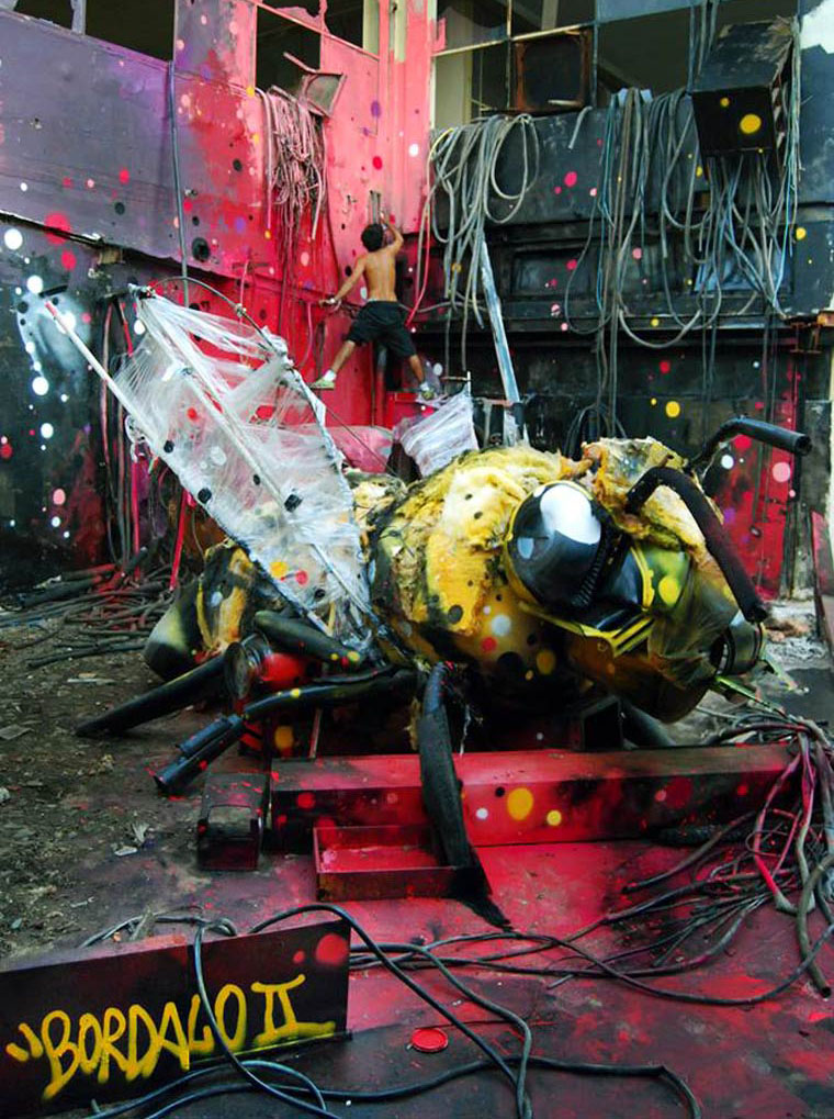 insect street art artur bordalo