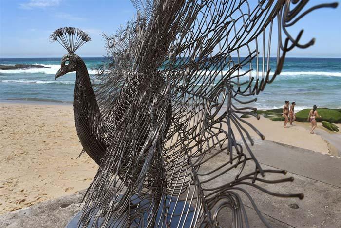 wire sculpture byeong