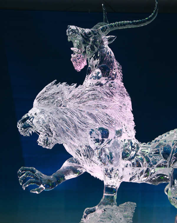 dragon ice sculptures
