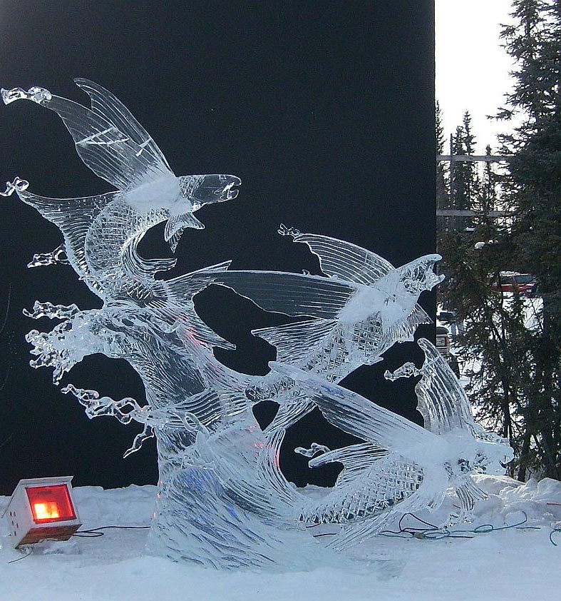 flying fish ice sculptures