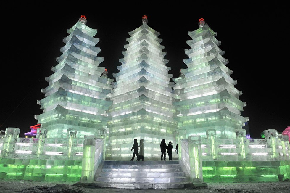 temple ice sculptures