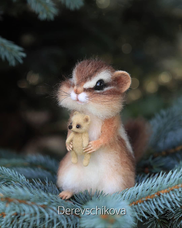 felting sculpture squirrel teddy derevschikova