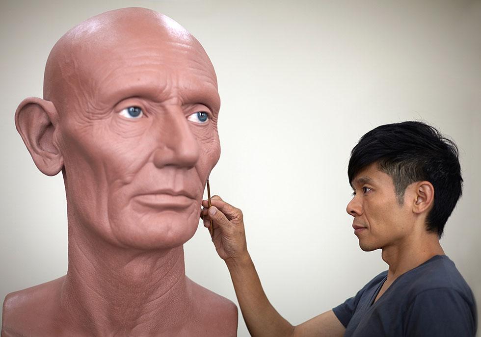 realistic sculpture by kazuhiro tsuji