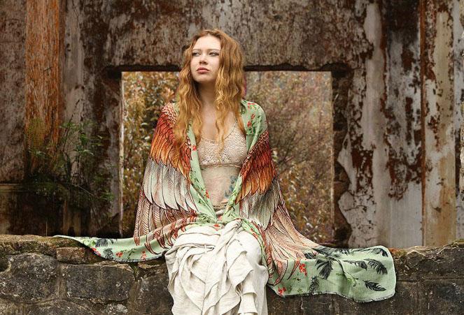 green wings scarf art 2
