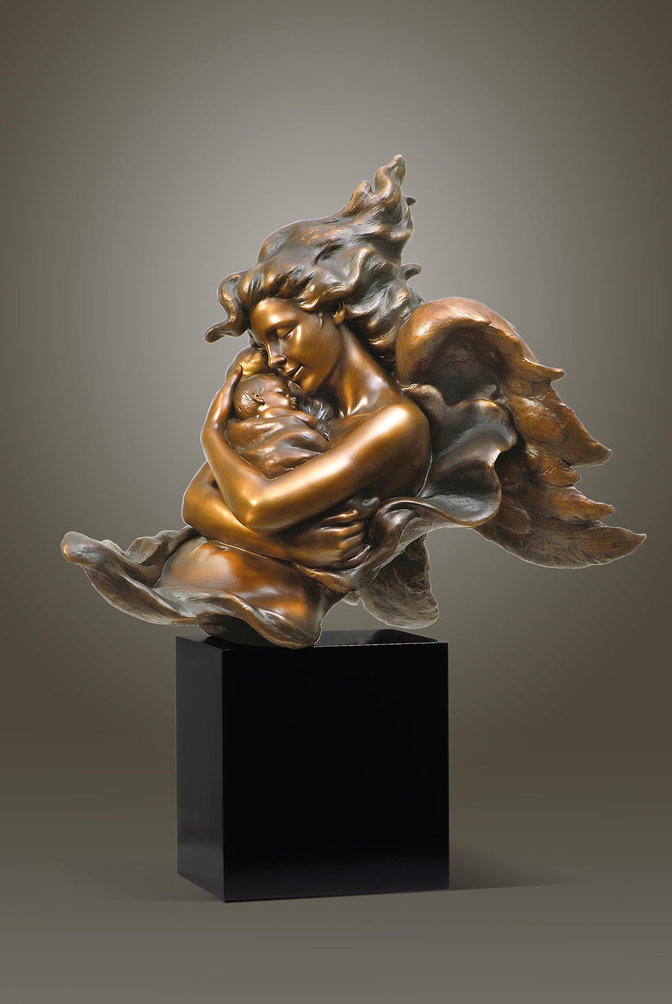 sculpture by gaylord ho