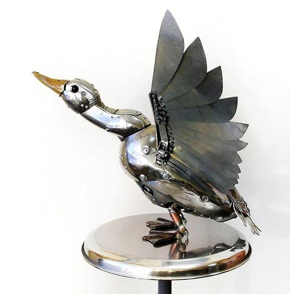 bird fly scrap sculptures igor