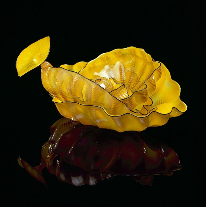 sable lip architecture installation chihuly