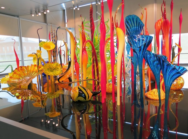table architecture installation chihuly