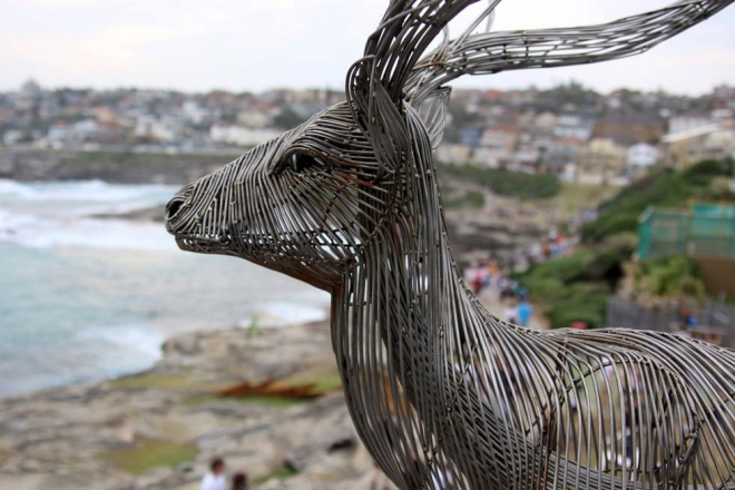 wire sculpture byeong