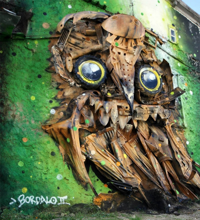 owl street art by bordalo
