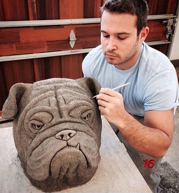 dog sculpture by jesse nusbaum