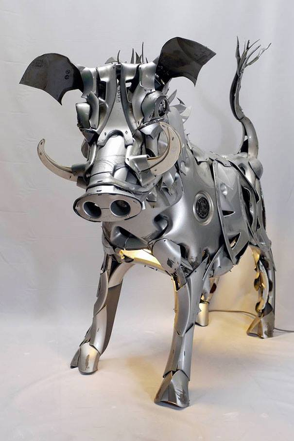 scrap metal sculptures pig ptolemy