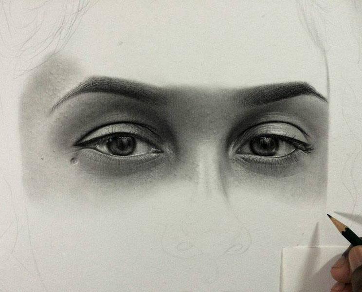 woman eyes pencil drawing