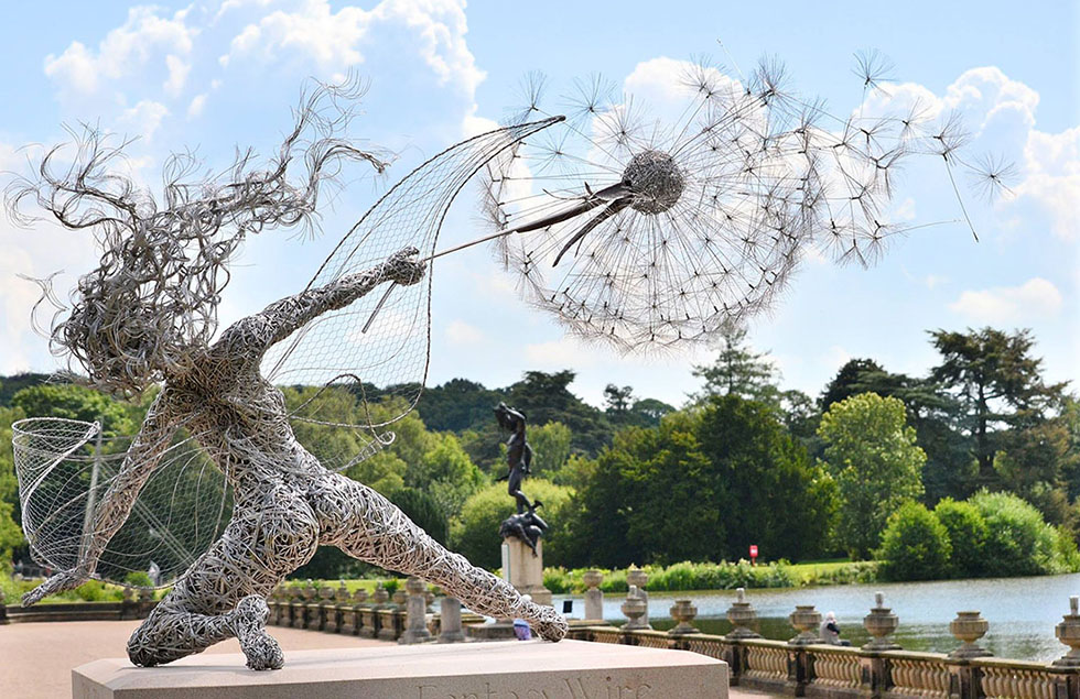creative wire sculpture woman