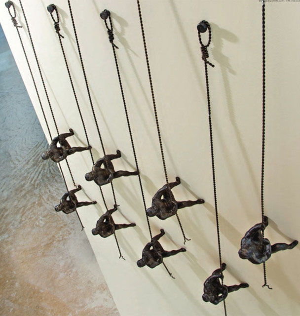 wall sculpture hanging