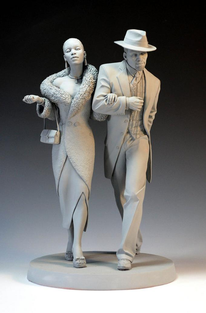 couple sculptures