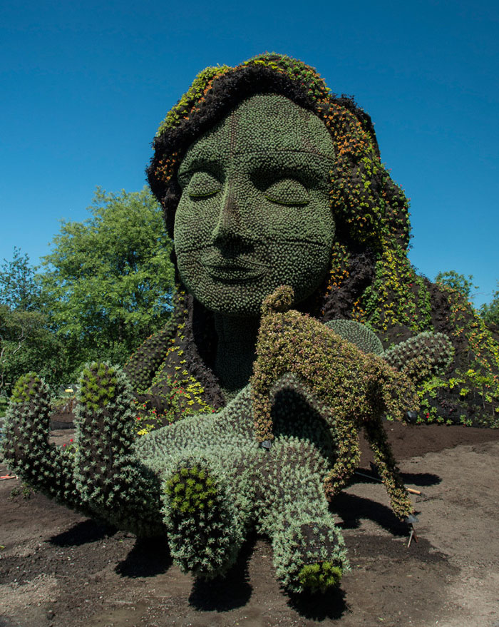lady garden sculptures
