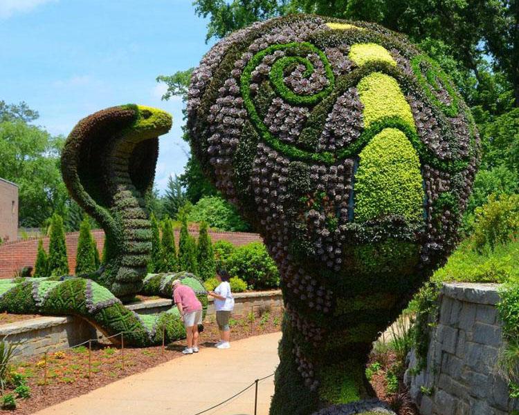 snake garden sculptures