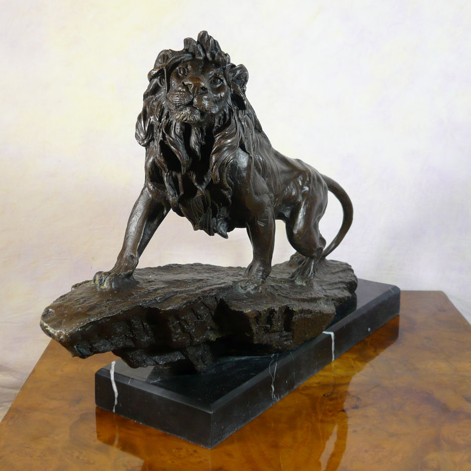 lion bronze sculptures