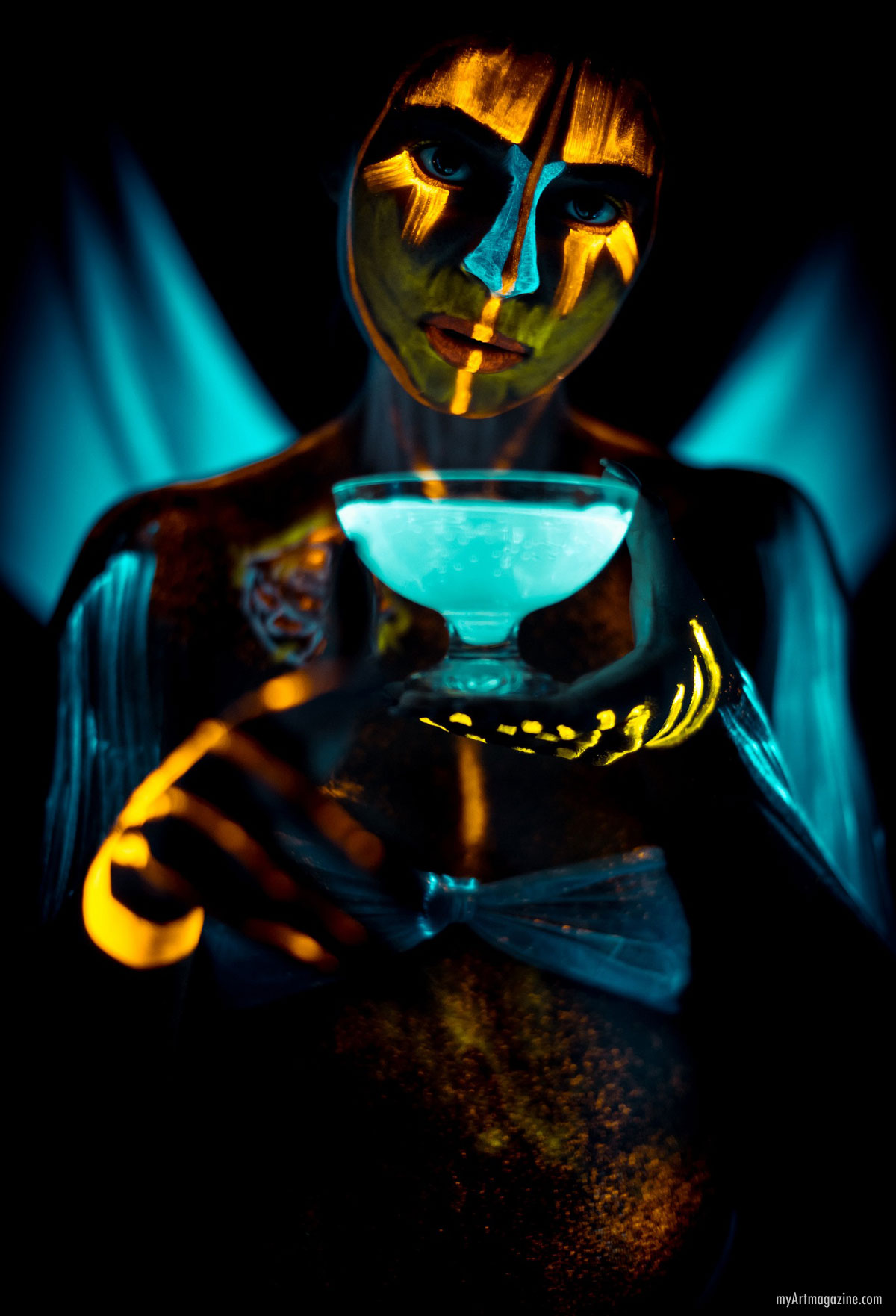 glowing body painting art by artplace