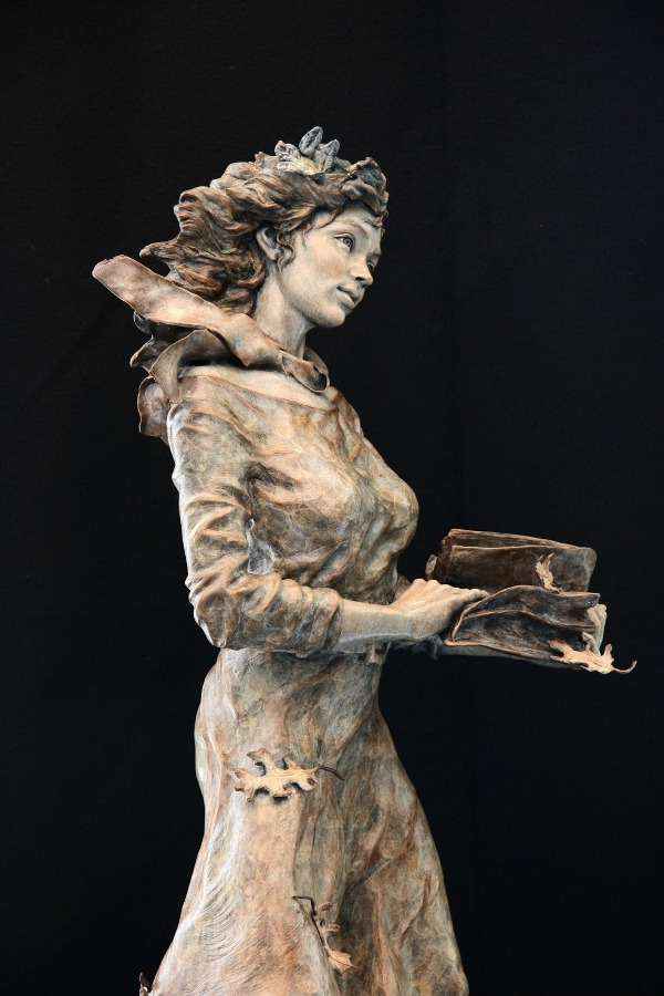 sculpture works by angela mia la vega