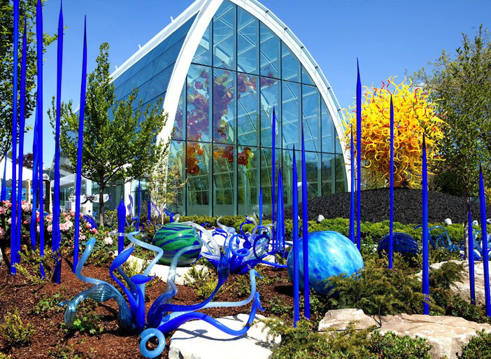 garden architecture installation chihuly
