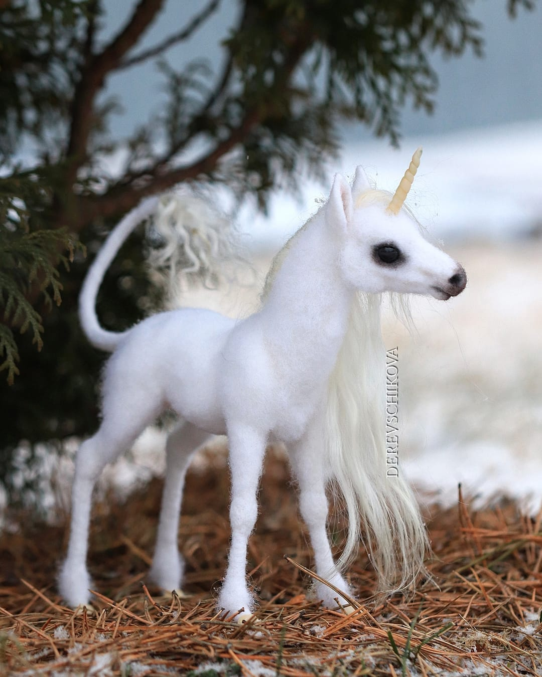 felting sculpture unicorn derevschikova