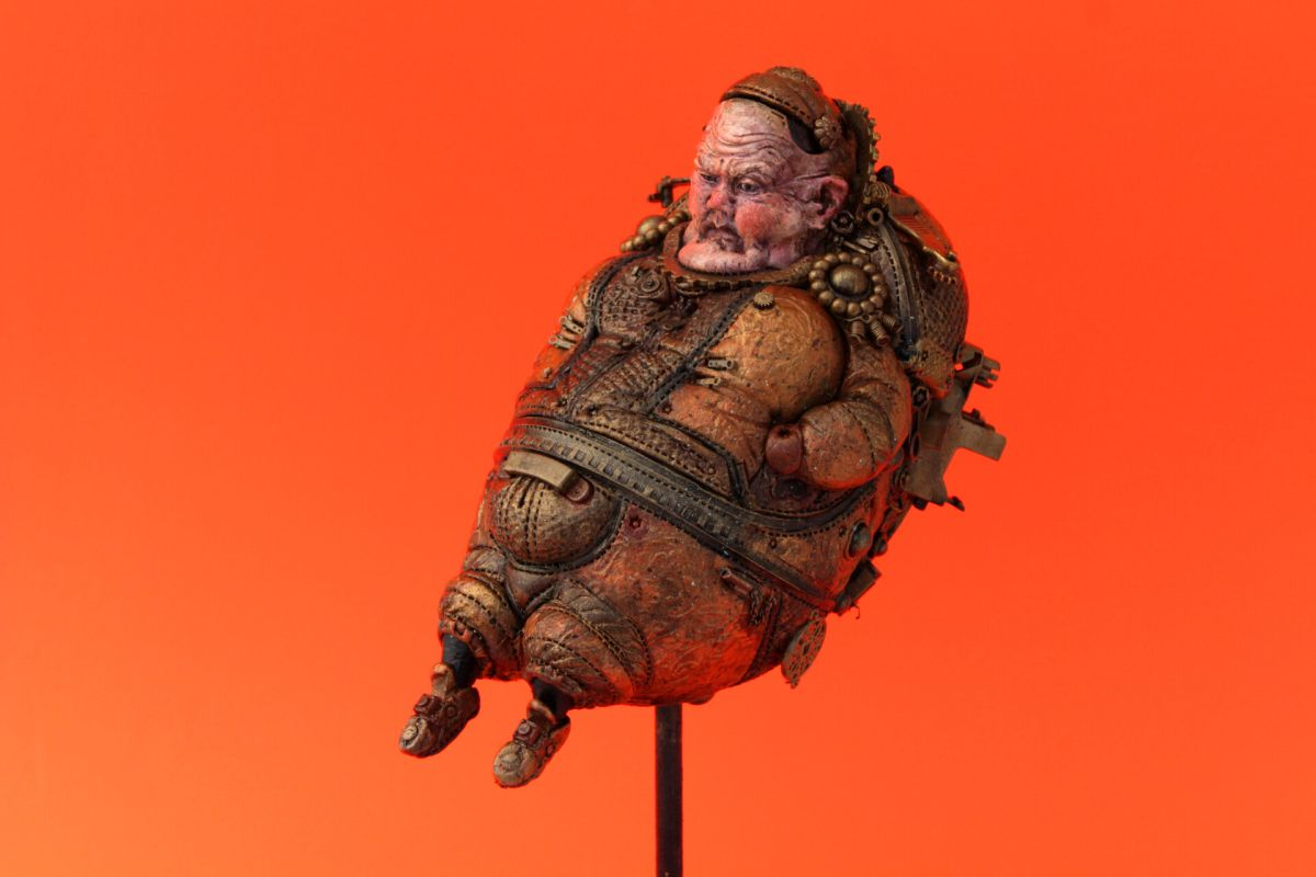 funny steampunk sculpture flying baron by tomas barcelo