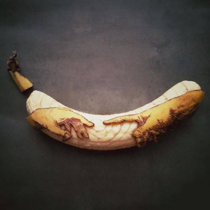 hand banana art