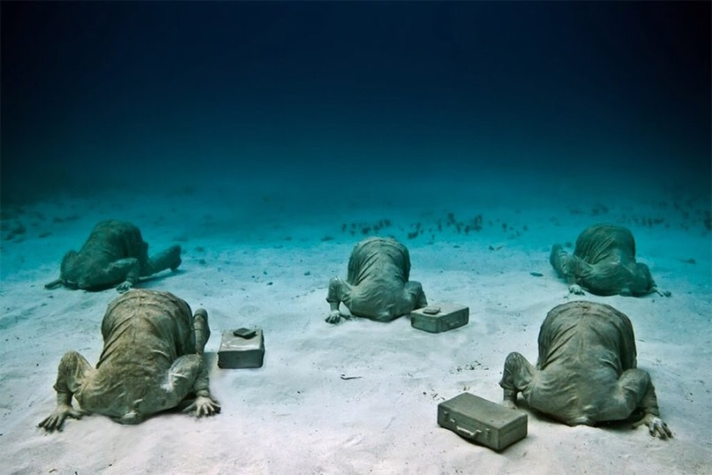 banker underwater sculptures by taylor