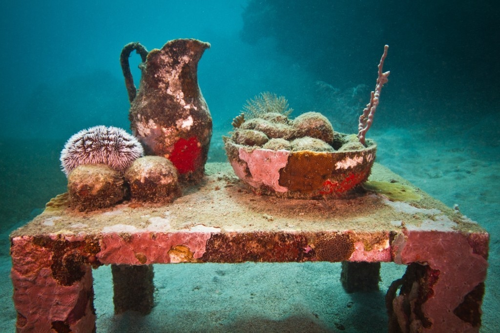 dining table underwater sculptures by taylor