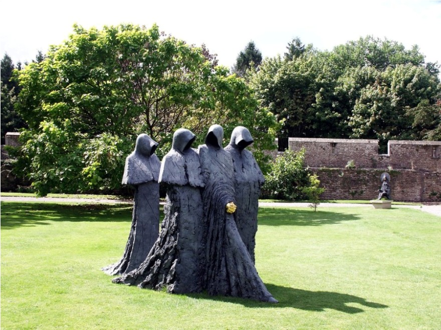 men outdoor garden sculpture by philip jackson