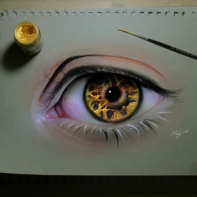 woman eye color pencil drawings by kayan artcisne