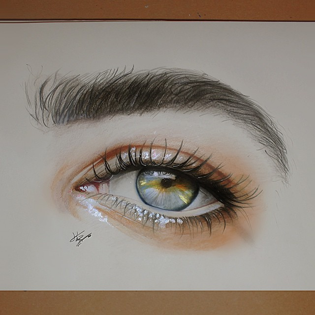 7 woman eye color pencil drawings by kayan artcisne