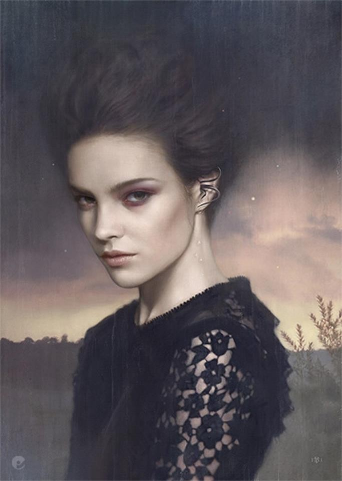 woman realistic paintings by tom bagshaw