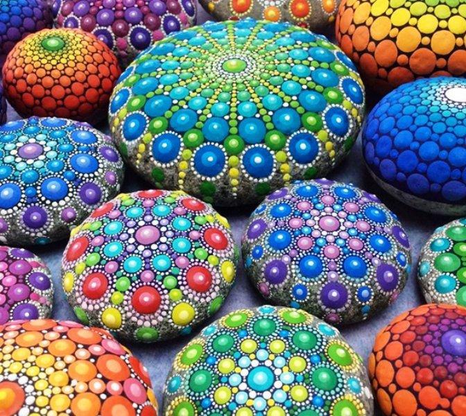 5 painted stones by elspeth mclean