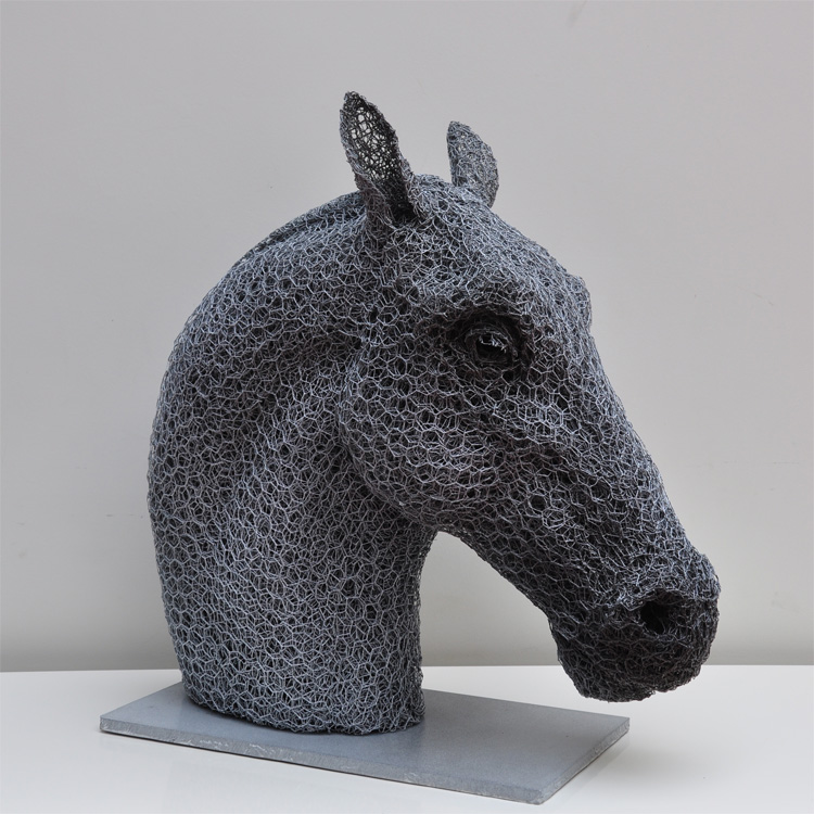 10 wire sculpture horse bust by kendra haste