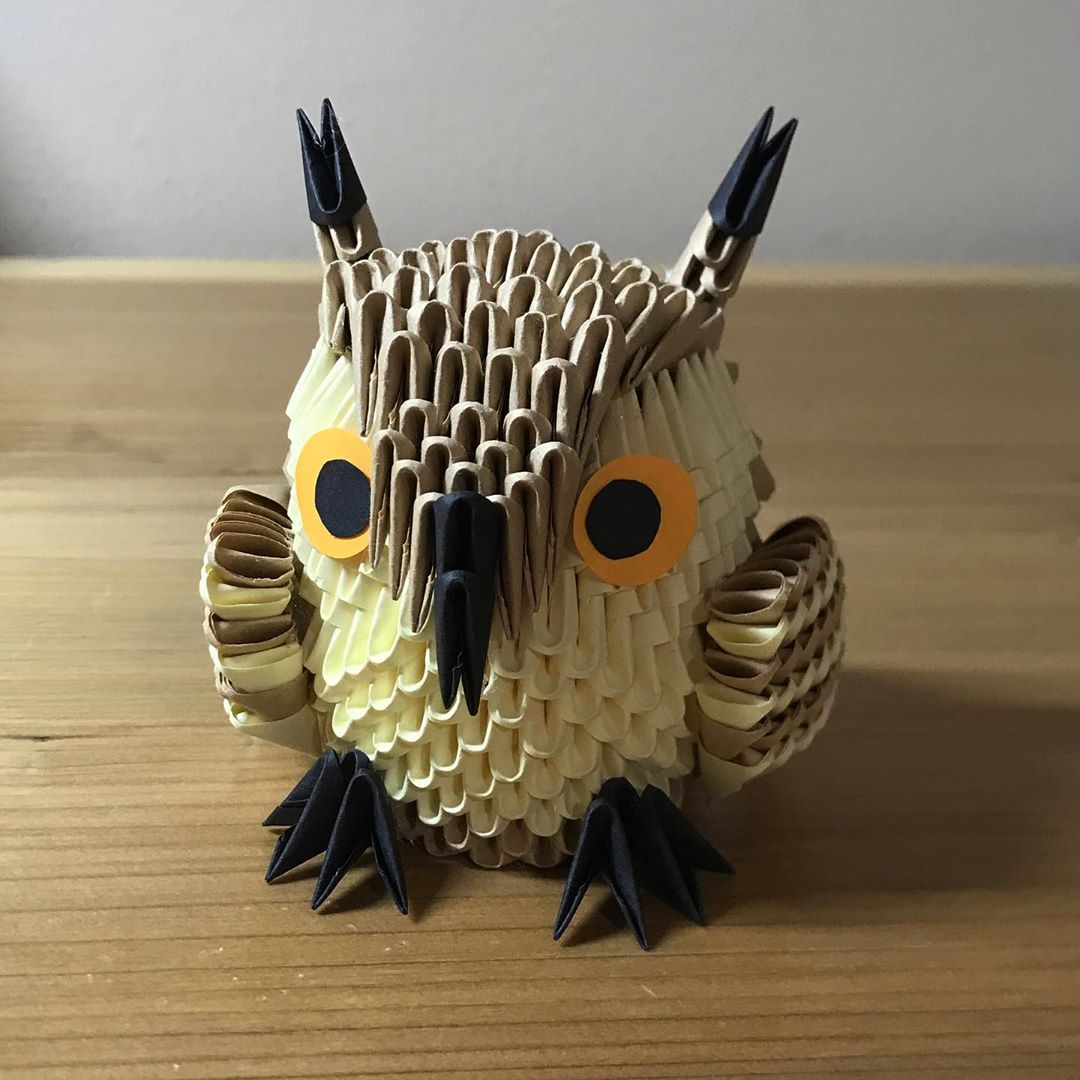 paper animal sculpture horned owl by faith chung
