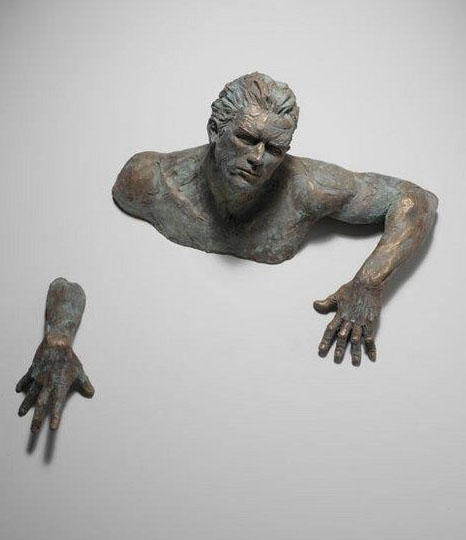 man sculptures by matteo