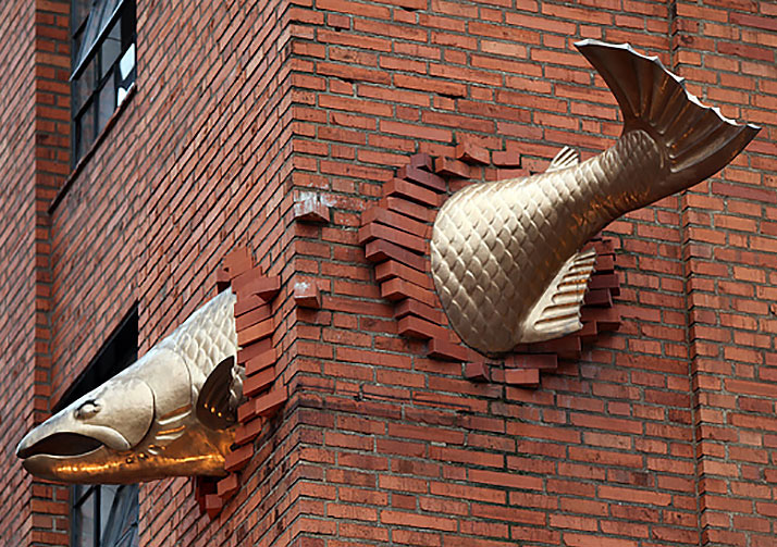creative sculptures fish