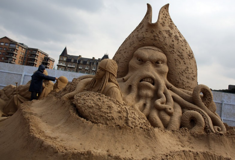 pirates sand sculptures