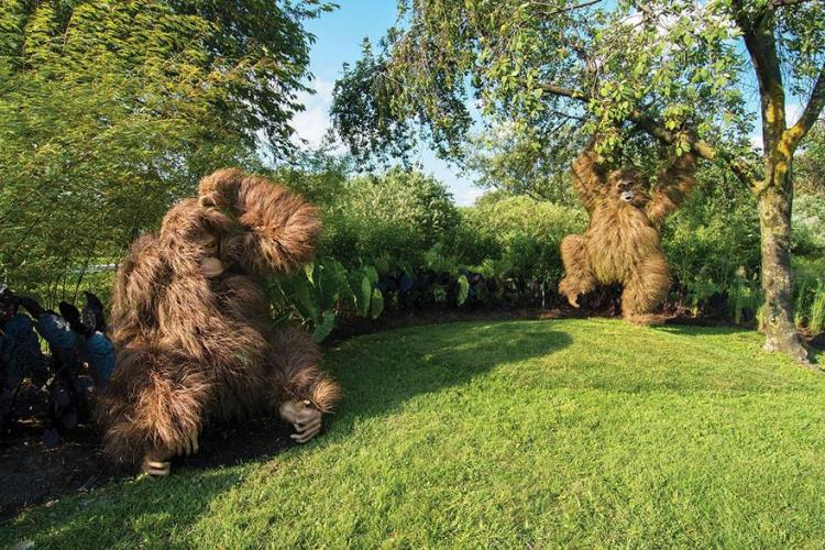 1 animal garden sculptures