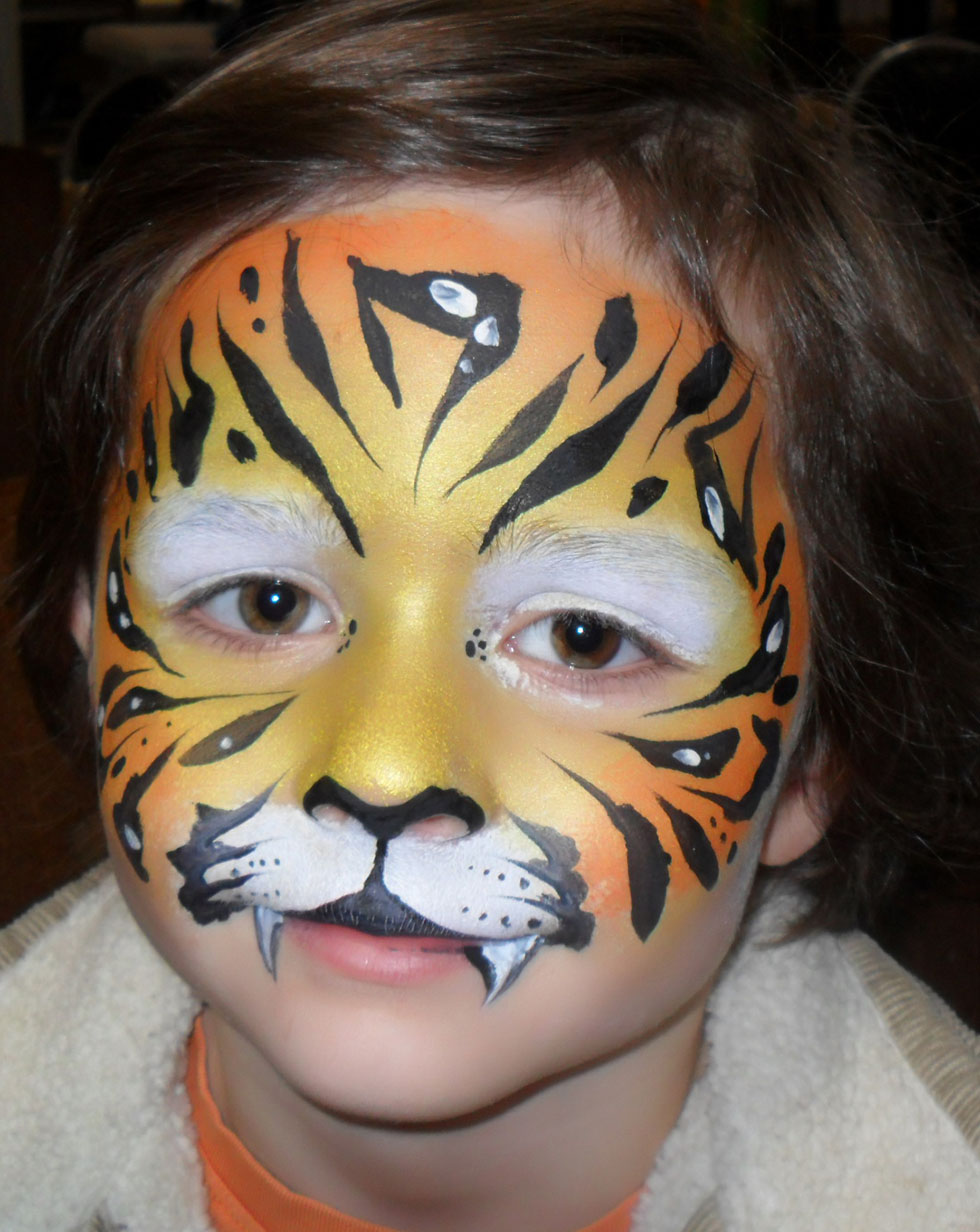 20 tiger face paintings