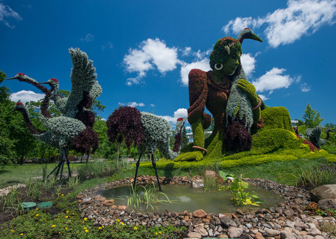 20 woman garden sculptures