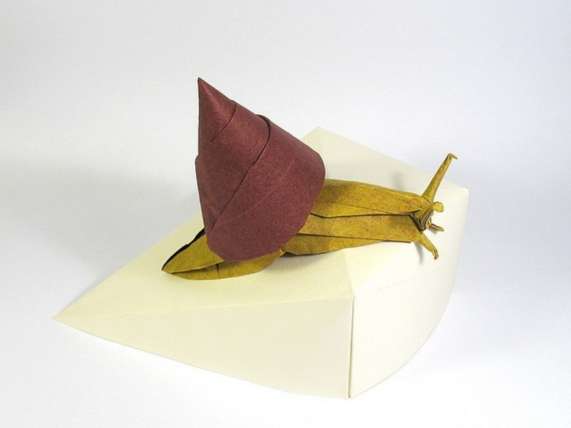 20 snail paper sculptures art by nguyen gung cuong