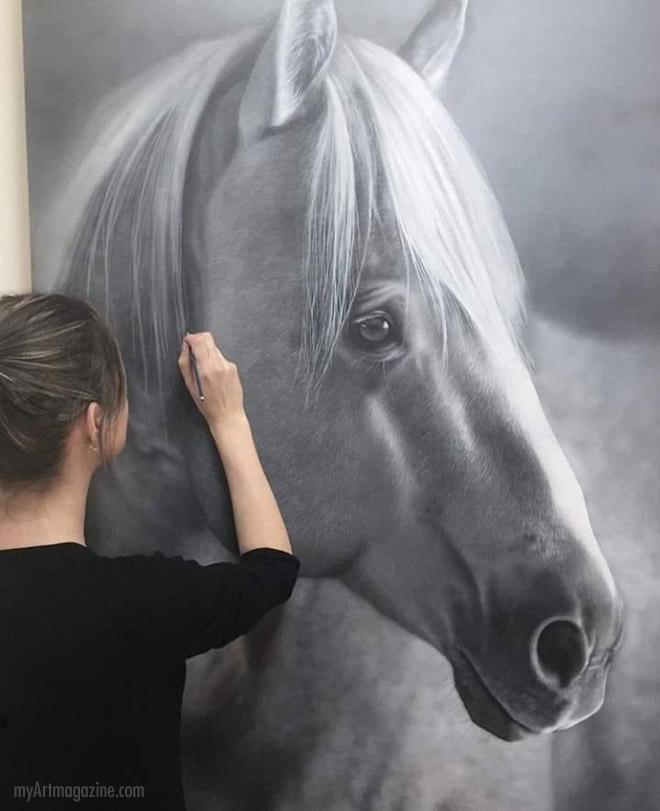 mega realistic painting horse by sarah still